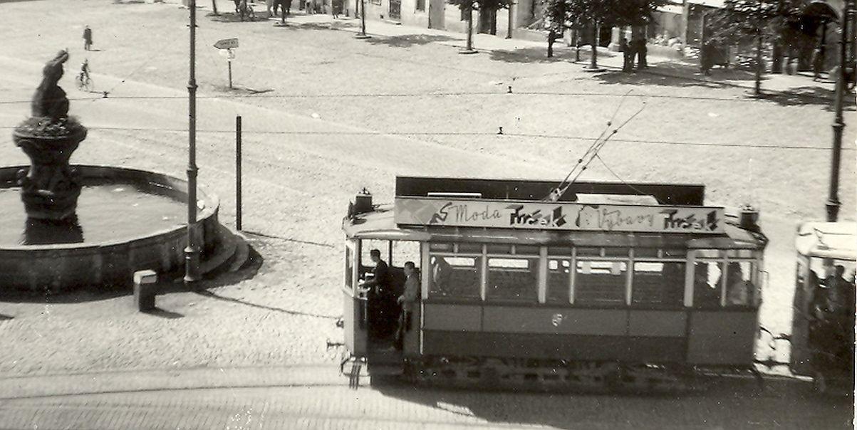 I reklamy na tramvajích vydělávaly na provoz...